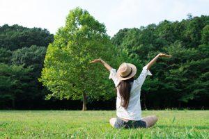 meditazione per ritrovare se stessi prato