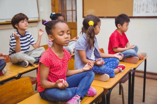 progetto meditazione a scuola bambini
